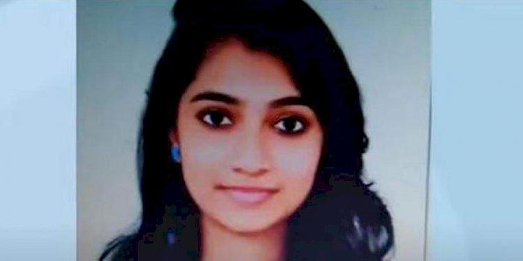 Stalker shoots dead dental student before killing self