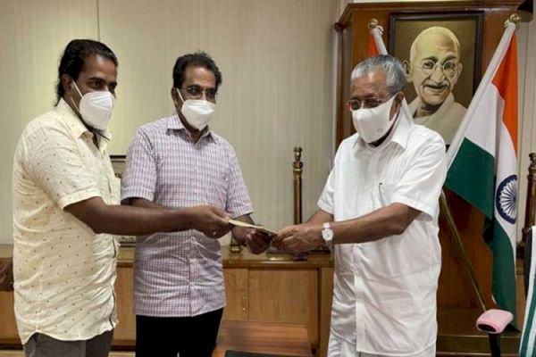 സ്വിറ്റ്സര്ലന്ഡ് മലയാളി കൂട്ടായ്മയുടെ 10 ലക്ഷം രൂപ മുഖ്യമന്ത്രിയുടെ ദുരിതാശ്വാസനിധിയിലേക്ക്