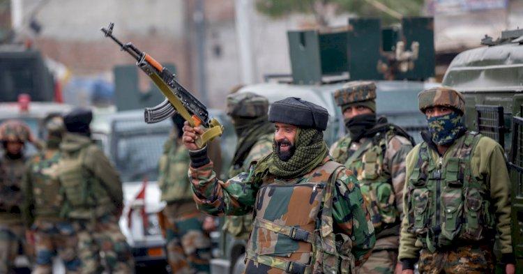 Troops kill 5 suspected rebels in Kashmir gun battles